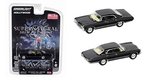 Greenlight Chevrolet Impala Sport Sedan Supernatural au 1/64 avec 2 Figurines Sam et Dean
