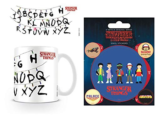 Mug à motif alphabet Stranger Things